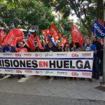 Los empleados y empleadas públicos de prisiones salen a la calle para exigir una solución al conflicto laboral