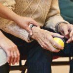 Recuperación de la financiación de las cuotas para cuidadores no profesionales