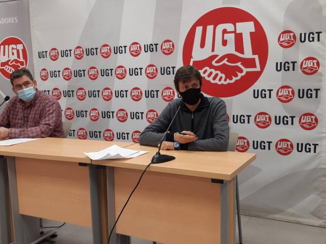 UGT exige mejorar la información y la organización  de la campaña de vacunación a los docentes