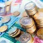 Pago de fondos adicionales y 0,9% subida salarial